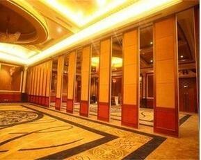 为啥宴会厅要使用酒店移动隔断?